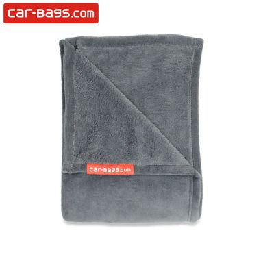 Soft fleece blanket 130 x 190 cm for in the car